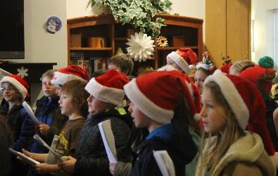 Sixth graders visited Laurelbrook Landing.