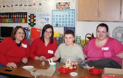 Hickory Grove gingerbread decorating.