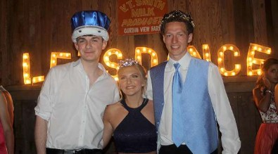 Prom co-kings and queen