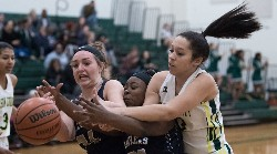 Lady Governor Hailea White battles Appomattox defender