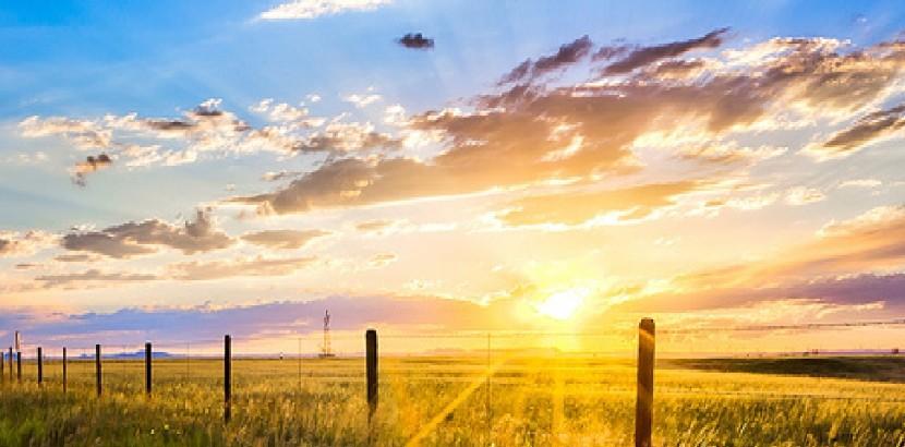 Photo of the Wyoming plains at sunrise