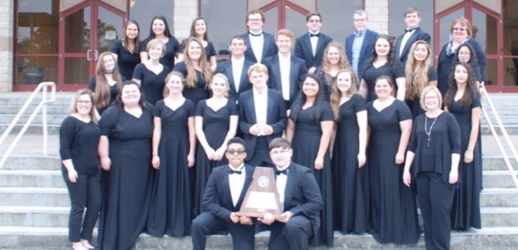 The LHS Choir received Sweepstakes at UIL Concert & Sighttreading Contest.