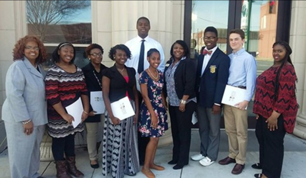 DHS FBLA ATTENDS REGION CONFERENCE