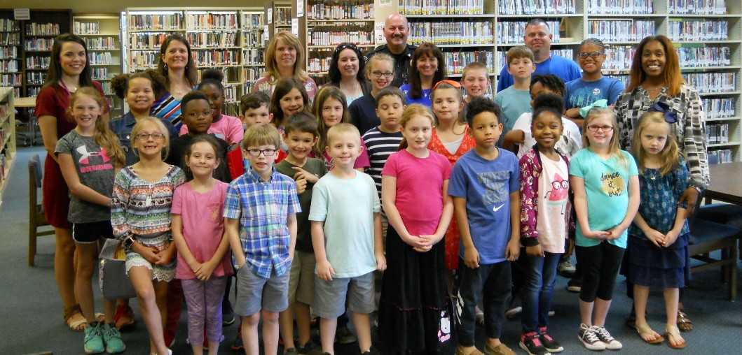 LUNCHEON CELEBRATES ACCELERATED READERS
