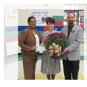 Mrs. Lisa Bishop MCES Teacher of the Year 2016
