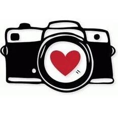 Senior Photos Due - October 28th!