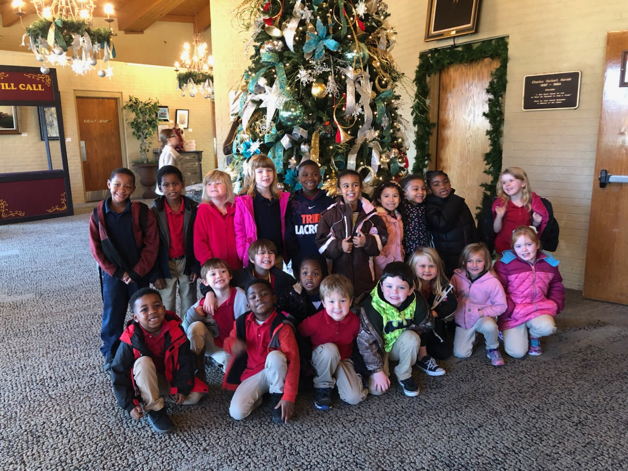 Ms. Carter's Kindergarten Class sees Miracle on 34th Street