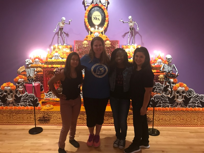 Latino Club visits National Museum of Mexican Art