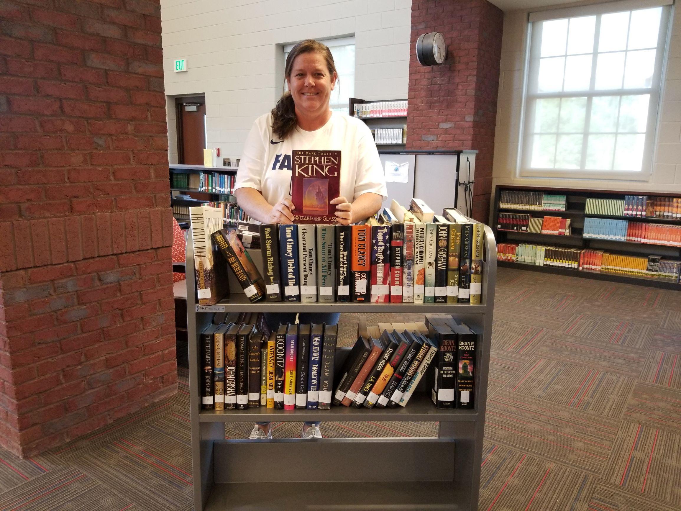 Teacher Donates Books
