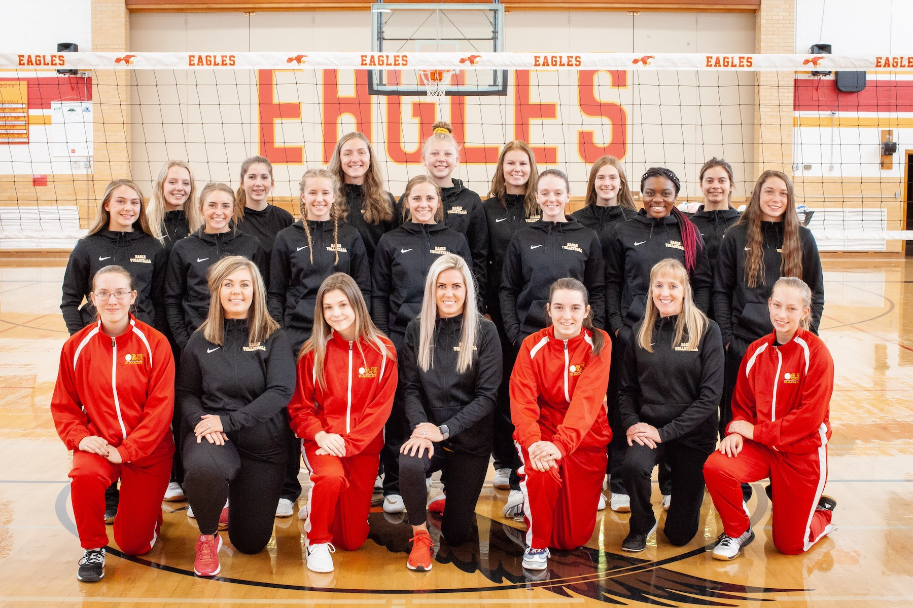 2019-2020 SJEL Eagle Volleyball Team