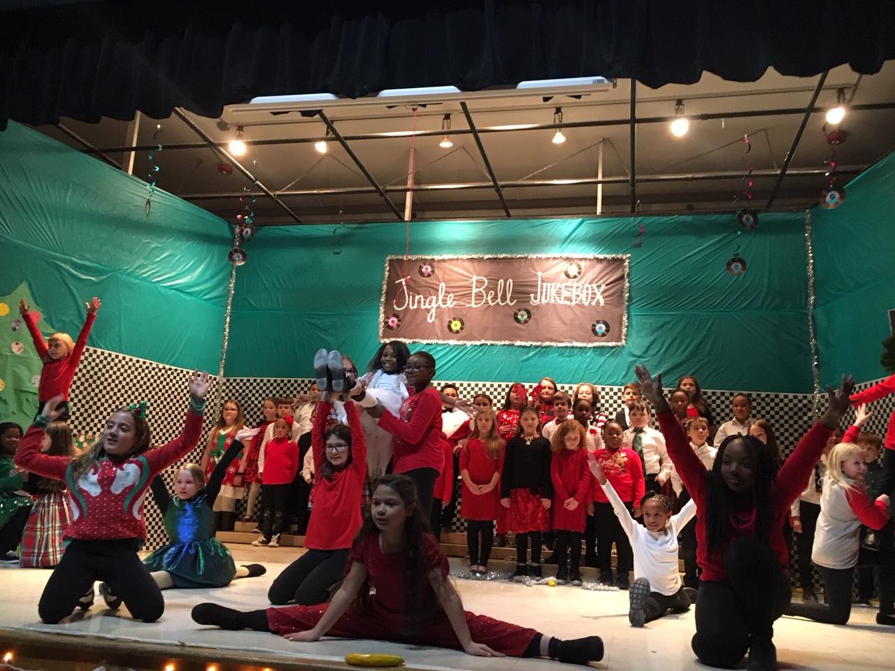 Wilton Show Choir  December 2019