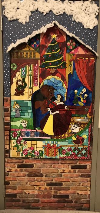 GECHS Holiday Door Decorating