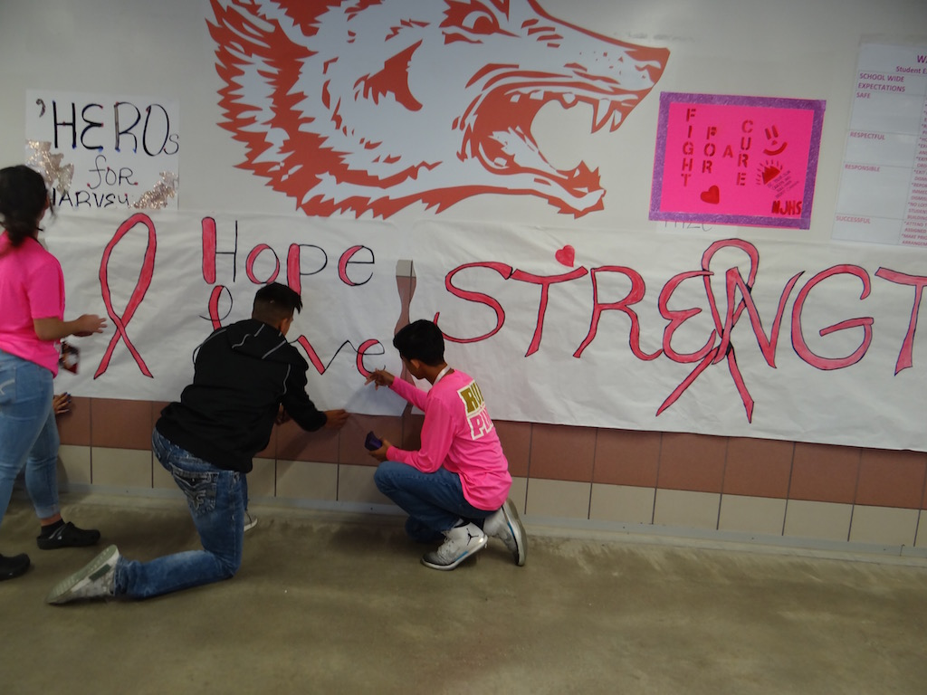 NJHS students support Breast Cancer Awareness