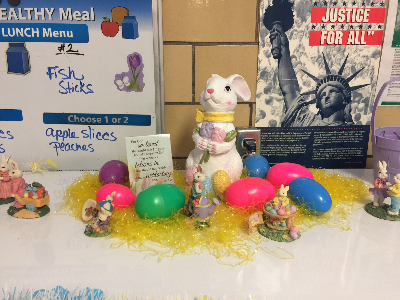 Grayson County Food Service Celebrates Spring