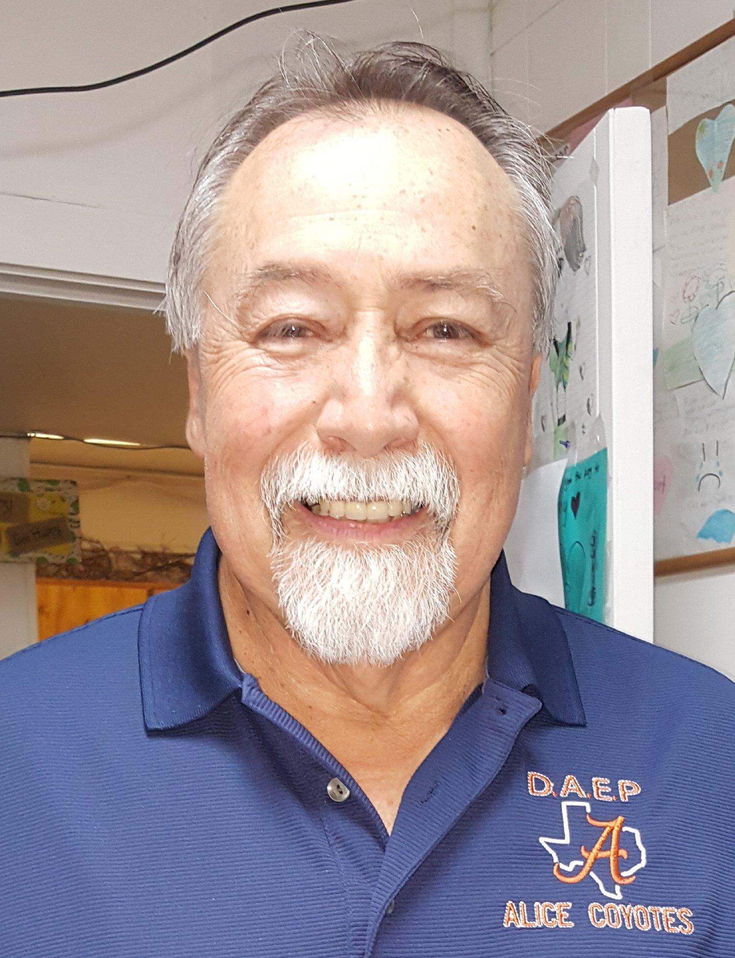 Vicente Enriquez