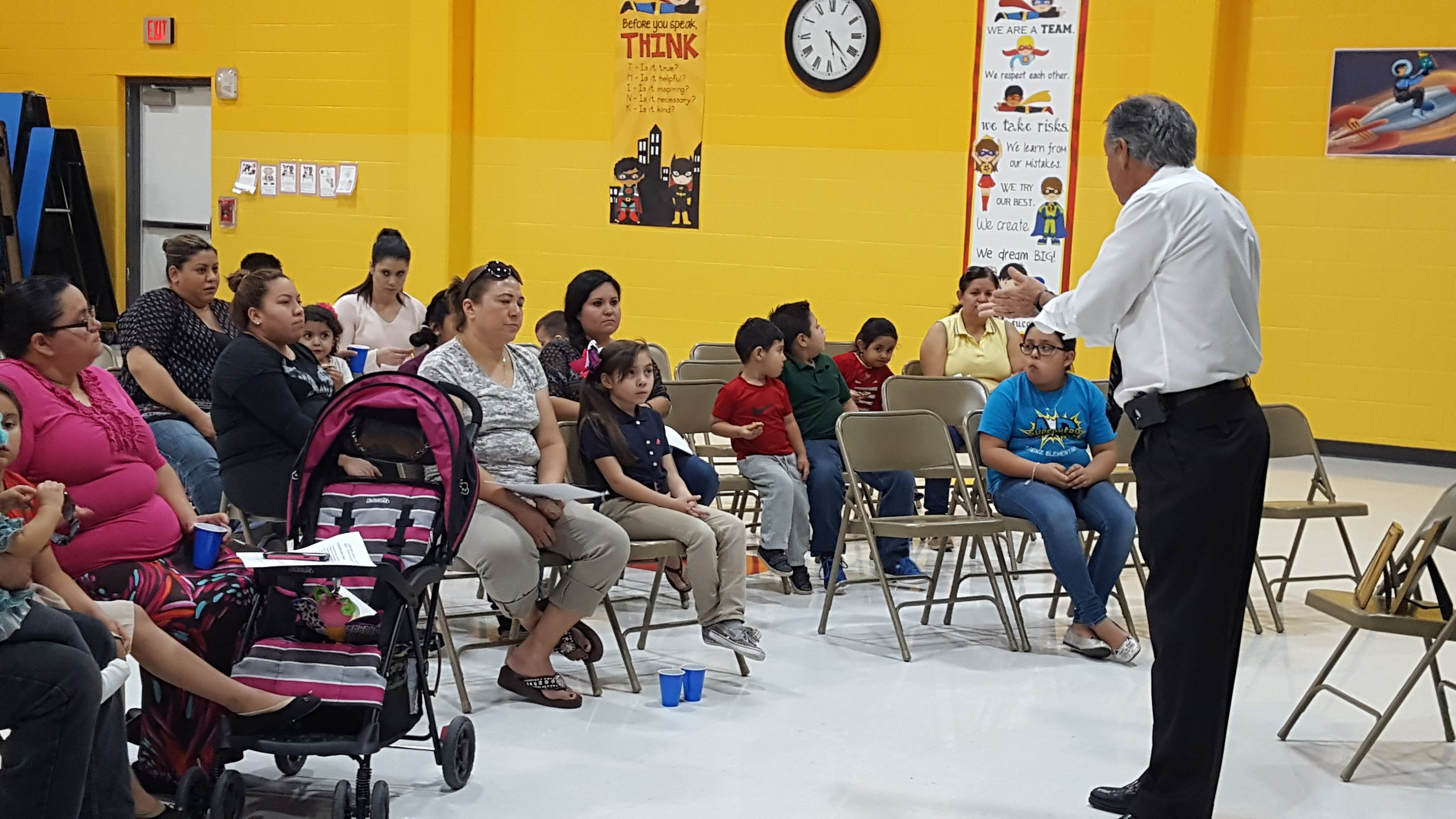 Bilingual Literacy Night Saenz El.