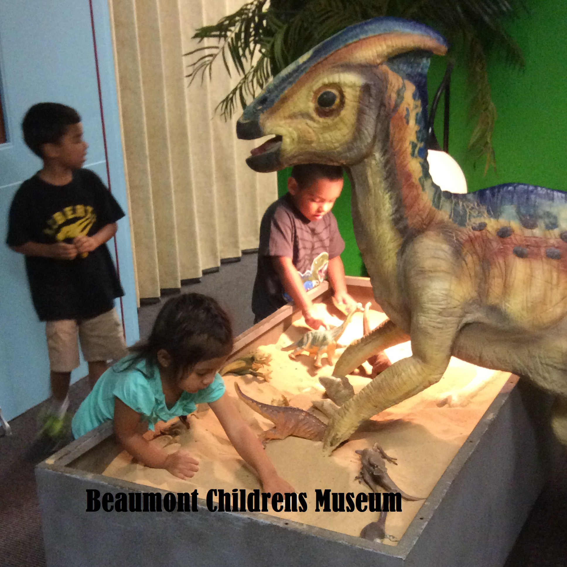 SJE Students Visit Beaumont Childrens Museum