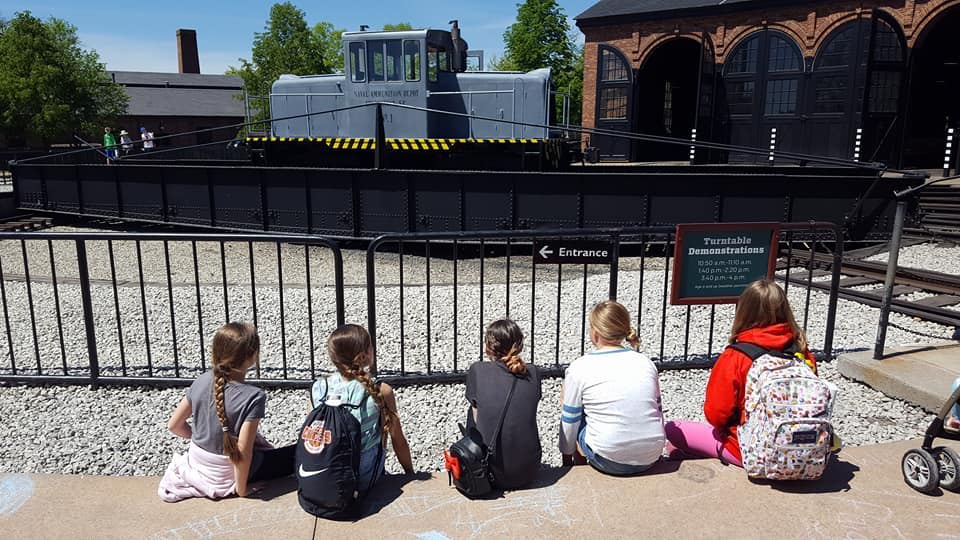 FIFTH GRADE GOES TO GREENFIELD VILLAGE