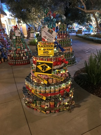 AVID CAN-tree 2016 at the Riverpark Collection